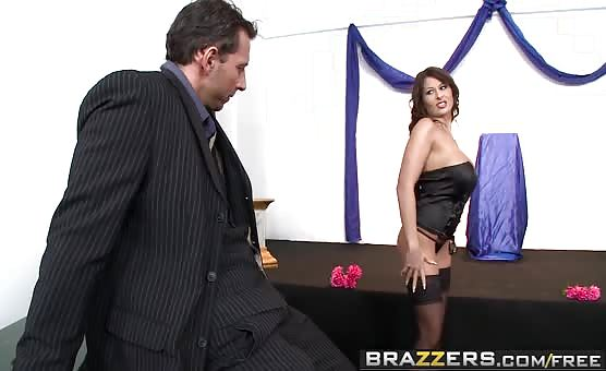 Brazzers - Baby Got Boobs -  Boobie CUNTestant scene starring Alison Star and Nick Lang