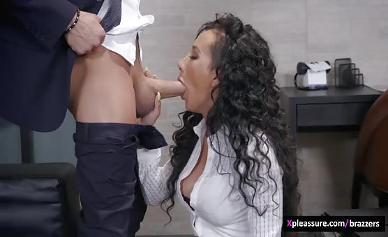 Brazzers - Pornstars Like It Big - Pornstar PR Crisis Management scene starring Amia Miley & Xander Corvus