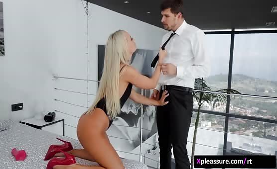 RealityKings - Mike's Apartment - Shower Intruder scene starring Victoria Pure & Kristof Cale