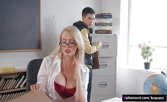 Brazzers - Big Tits at School - Pounded By The Plagiarist scene starring Amber Jayne & Jordi El Niño Polla